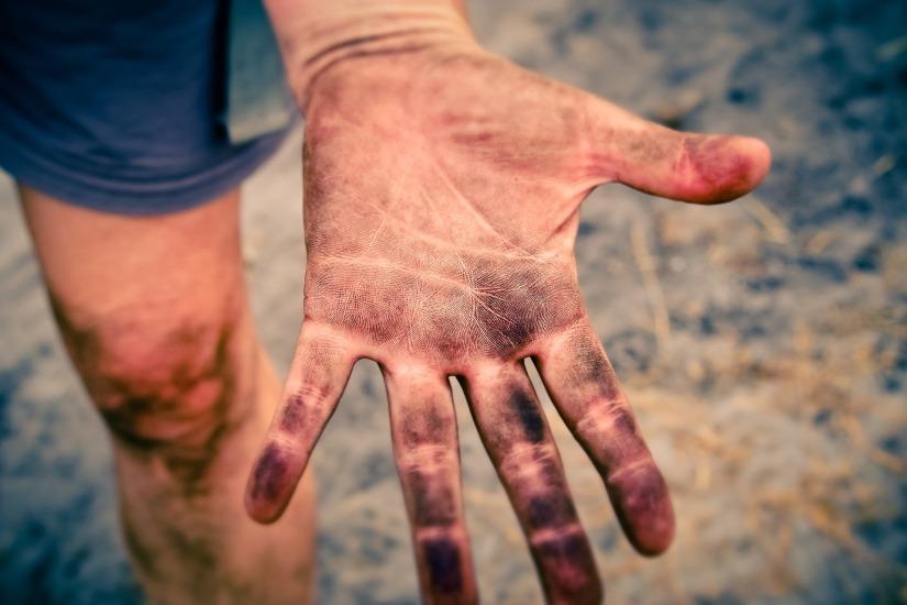hand-3588162_1920